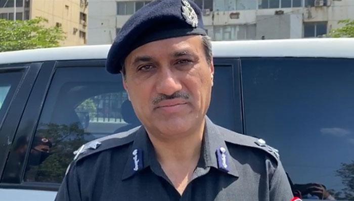 کراچی پولیس کا اہم اجلاس، امن وامان یقینی بنایا بنایاجائے، غلام نبی میمن