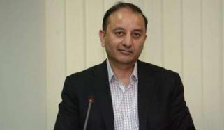 حکومت پٹرول کی قیمت 70 روپے لیٹر پر لائے، مصدق ملک