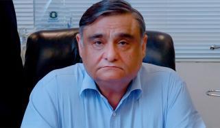 کورونا کا علاج: حکومت کراچی میں چند اسپتال مختص کرے، ڈاکٹر عاصم