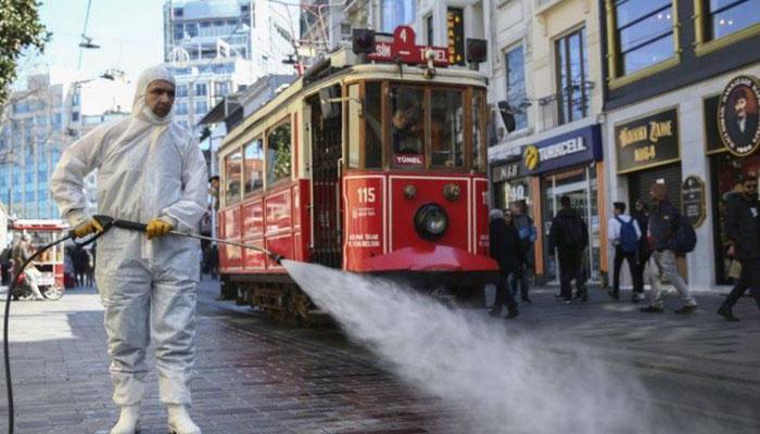ترکی : 20 سال سے کم عمر شہریوں پر جزوی کرفیو نافذ