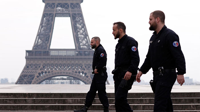 چھ سو فرانسیسی فوجیوں میں کورونا کی تصدیق
