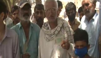 کراچی کی شاہراؤں پر مزدوروں کا رش