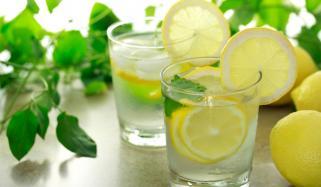 ایک ہفتہ لیموں پانی پینے کےجسم پر اثرات