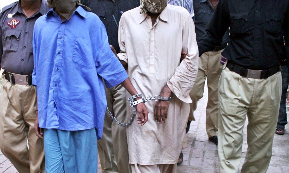 کراچی: سائٹ سپر ہائی وے سے 2 اسٹریٹ کرمنلز گرفتار