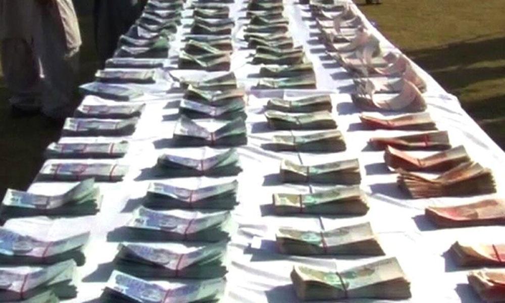رحیم یار خان: کار سے لاکھوں کے جعلی نوٹ برآمد، ملزم گرفتار