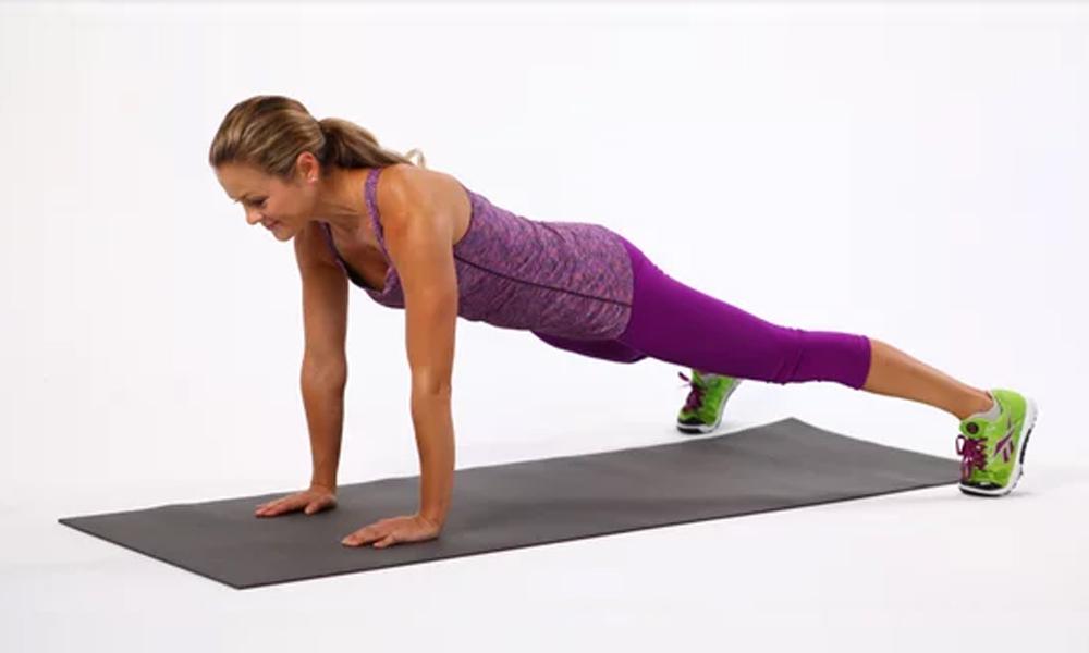 تیزی سے پیٹ کی چربی پگھلانے والی 4 ورزشیں