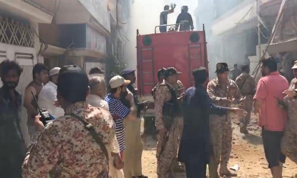 PIA کی پرواز کو کراچی میں حادثہ، سو سے زائد جاں بحق