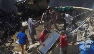 طیارہ حادثے کی زخمی 3 خواتین سول اسپتال میں زیر علاج