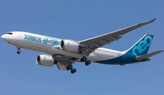 طیارہ حادثہ، ایئربس کی ٹیم فرانس سے روانہ
