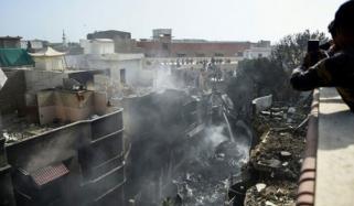 کراچی طیارہ حادثہ: مزید 6 میتوں کی شناخت کرلی گئی