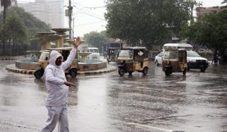 کراچی: بارشوں کی پیشگوئی، این ڈی ایم اے کے اقدامات