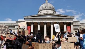 سیاہ فام امریکی شہری کے قتل پر مظاہروں کا سلسلہ برطانیہ پہنچ گیا