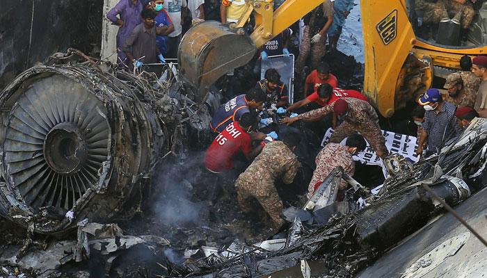 طیارہ حادثہ، بلیک باکس آج فرانس میں ڈی کوڈ کیا جائے گا
