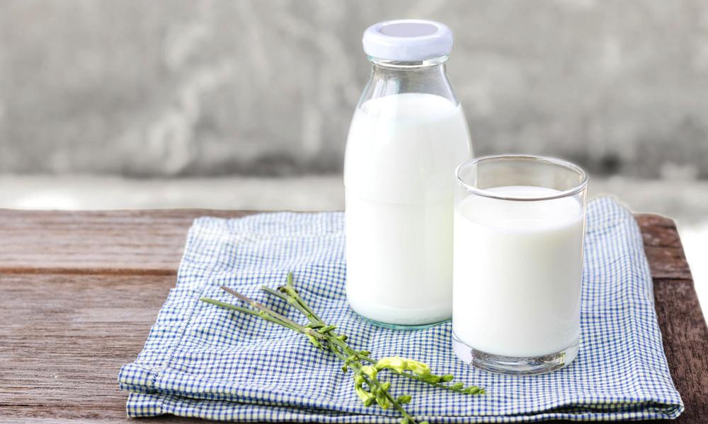 دودھ کا استعمال خواتین کی ہڈیوں کو مضبوط بنانے میں معاون نہیں