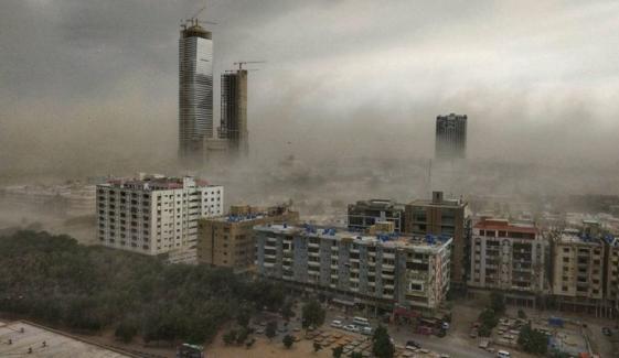 کراچی: شام میں پھر آندھی چلنے کا امکان