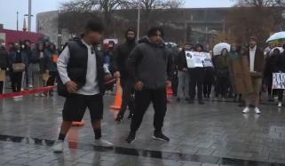 جارج فلائیڈ کی ہلاکت پر نیوزی لینڈ میں روایتی انداز میں احتجاج