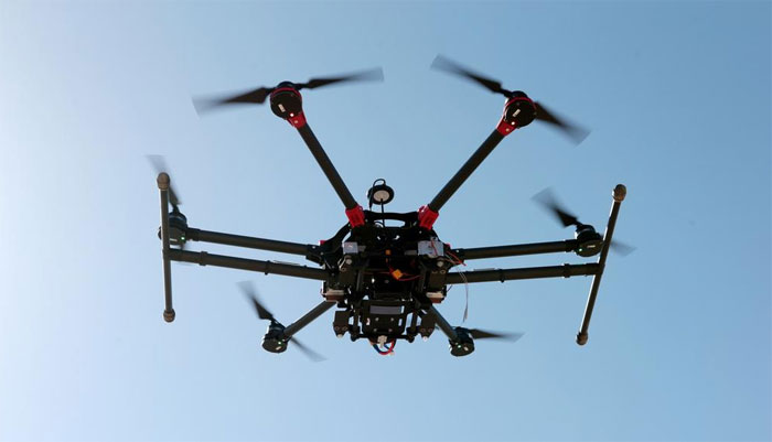 دبئی: کورونا کے سبب تقریب گریجویشن میں اسناد ڈرونز سے دی جائیں گی