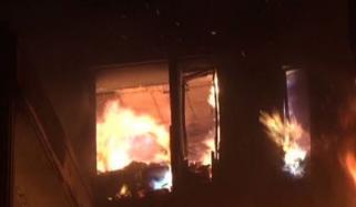 کراچی: ایک شخص نے سابقہ بیوی کے گھر کو آگ لگادی