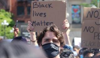 کینیڈا ، نسل پرستی کیخلاف ریلی میں جسٹن ٹروڈو کی اچانک انٹری