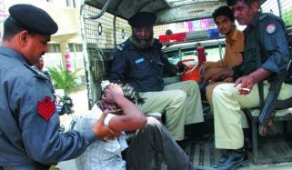کراچی ، ایس او پیز خلاف ورزی پر 63 ڈرائیور اور جرائم میں ملوث 16 ملزمان گرفتار