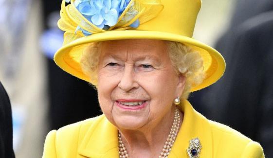 ملکہ برطانیہ کا 2 پاکستانیوں کیلئے پوائنٹس آف لائٹ ایوارڈ