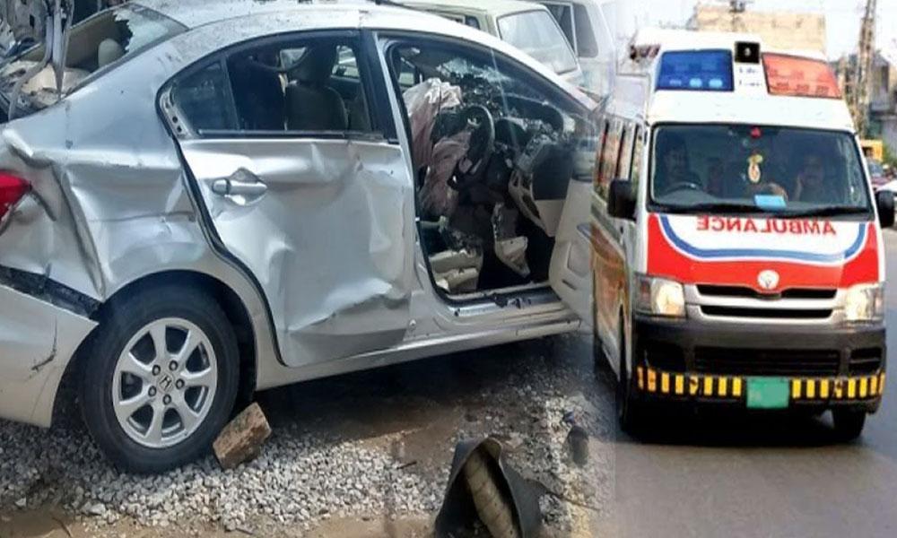 دادو: کار اور ٹرک میں تصادم ، 3 افراد جاں بحق