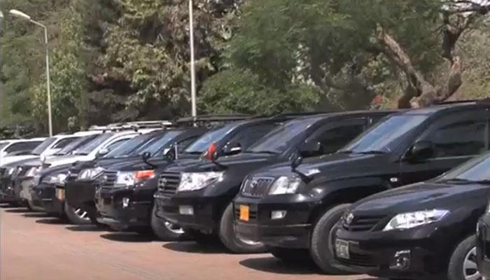 پنجاب بھر میں کاروں کی نئی نمبر پلیٹوں کا ڈیزائن تبدیل، رانا قمر الحسن سجاد