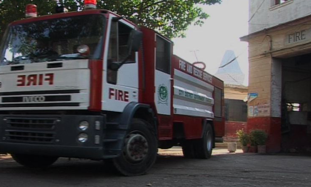 کراچی، ناظم آباد کے نجی اسپتال کے اسٹور روم میں آتشزدگی