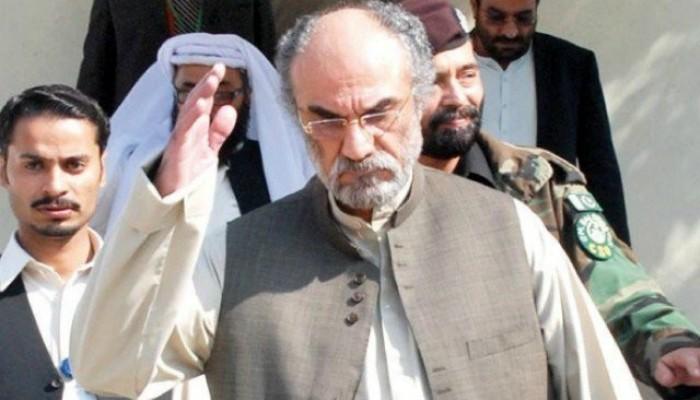 بلوچستان اسمبلی اجلاس میں سابق وزیر اعلیٰ اسلم رئیسانی کا مخصوص انداز