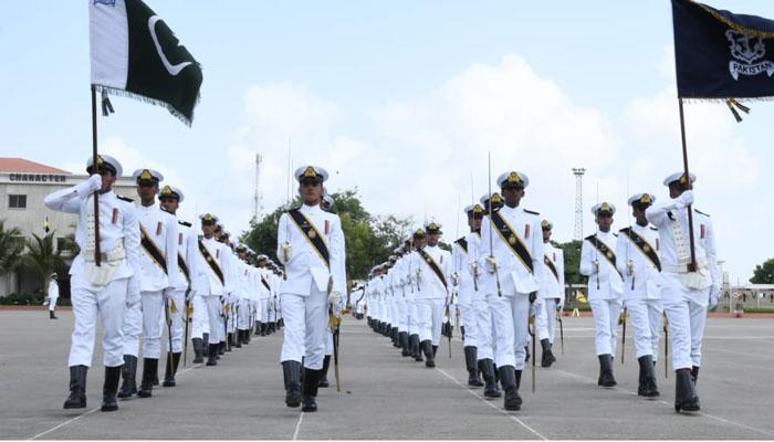 پاکستان نیول اکیڈمی میں  کمیشننگ پریڈ کا انعقاد