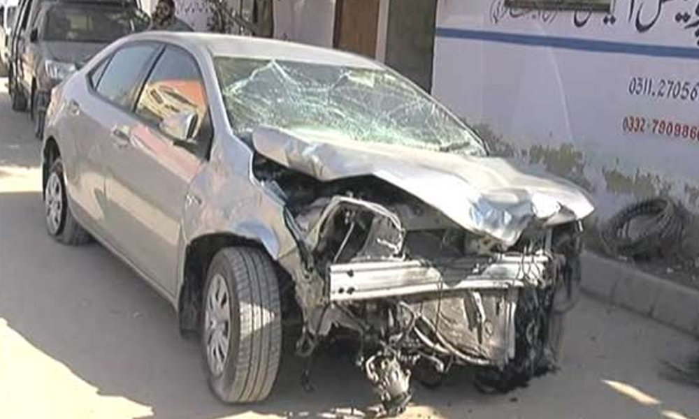 کراچی، ٹک ٹاک ویڈیو بنانے کے دوران کار حادثہ، ایک جاں بحق