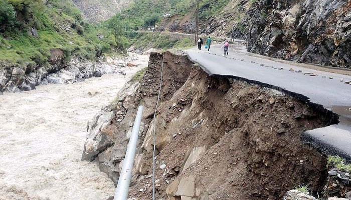 دیربالا: طوفانی بارش کے بعد برساتی نالوں میں طغیانی