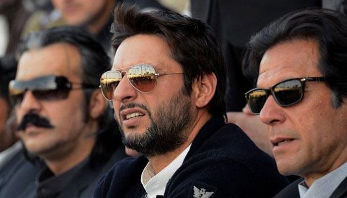 عمران خان کی ٹیم متحد نہیں، شاہد آفریدی