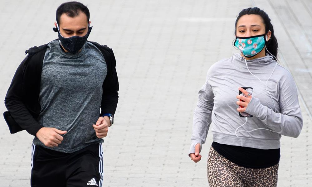 کووڈ19 کے دورا ن ماسک پہن کر ورزش کی جا سکتی ہے ؟