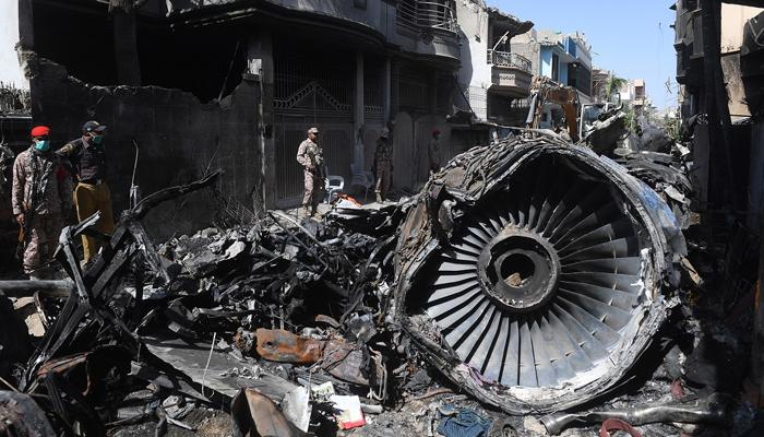 لواحقین کا طیارہ حادثے کی شفاف،غیر جانبدار تحقیقات کا مطالبہ