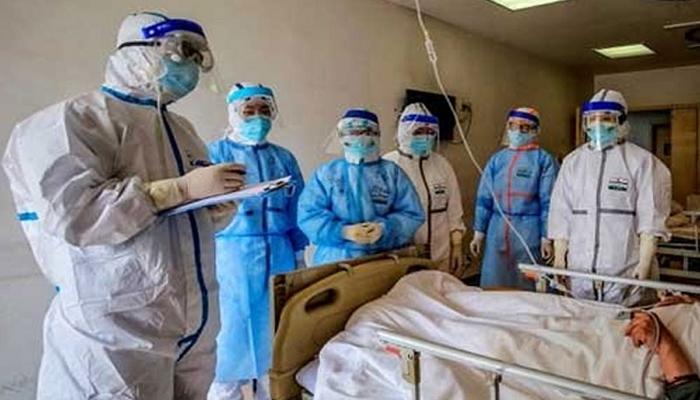 کورونا کیخلاف فرنٹ لائن پر لڑنے والے ڈاکٹرز تنخواؤں سے محروم