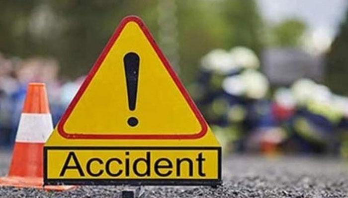 پنوعاقل: ٹریلر کی ٹکر سے موٹرسائیکل سوار 3 افراد جاں بحق
