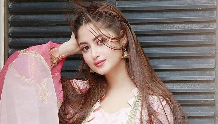 اداکارہ سجل علی کے انسٹاگرام پر 60 لاکھ فالوورز