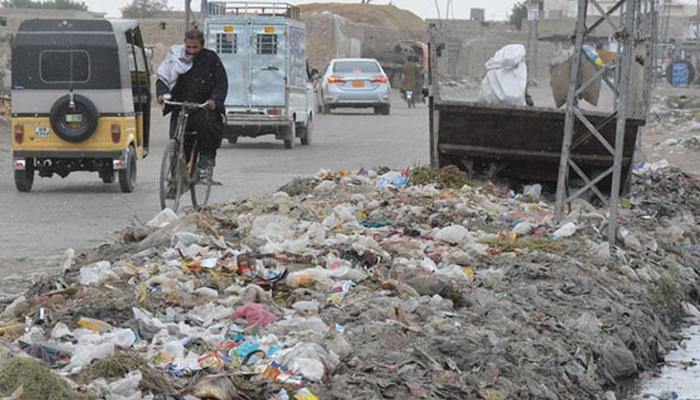 کوئٹہ: میٹروپولیٹن کارپوریشن کے عملے کی غفلت، صفائی کا نظام درہم برہم