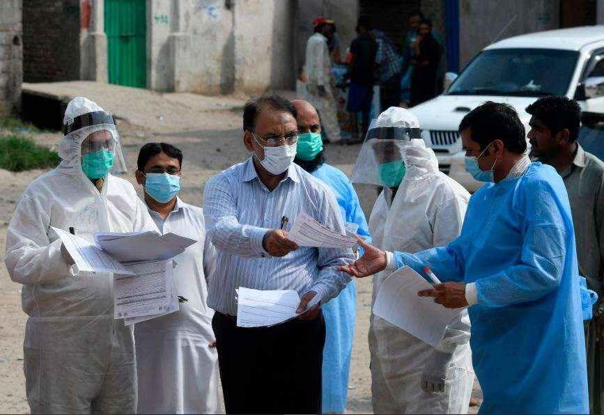 پنجاب سے سرکاری ڈاکٹروں کا مستعفی ہونا نوشتہ دیوار ہے، ڈاکٹر کریم خواجہ