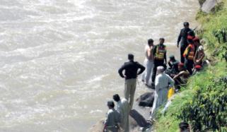 دریائے کابل سے 4 روز بعد نوجوان کی لاش نکال لی گئی