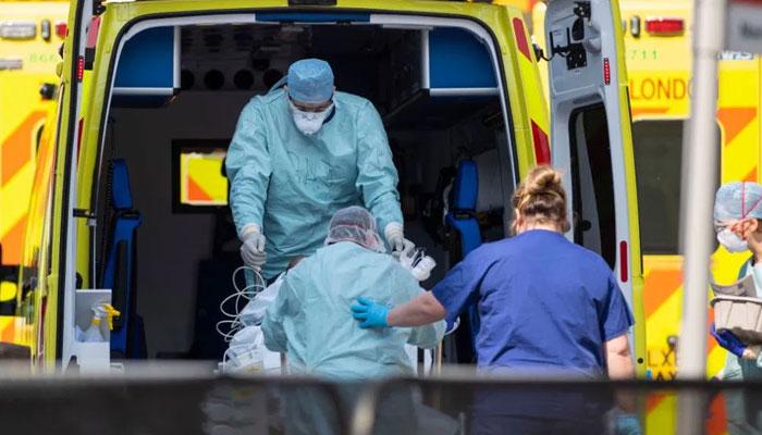 برطانیہ : کورونا 44 ہزار 800 سے زائد زندگیاں لے گیا