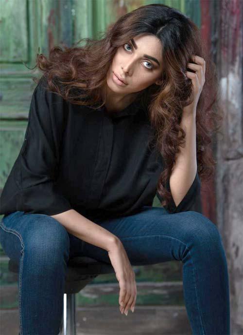 ایشل فیاض کی مقبولیت میں اضافہ، ایک اور فلم سائن کرلی
