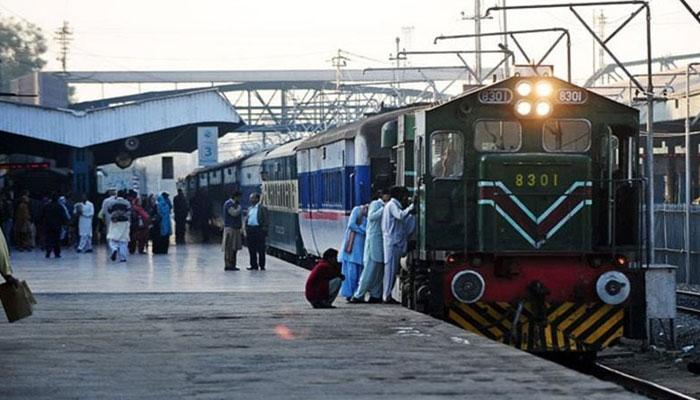مطالبات نہ مانے گئے تو5 اگست کو ریل کا پہیہ جام کردیں گے، ملازمین