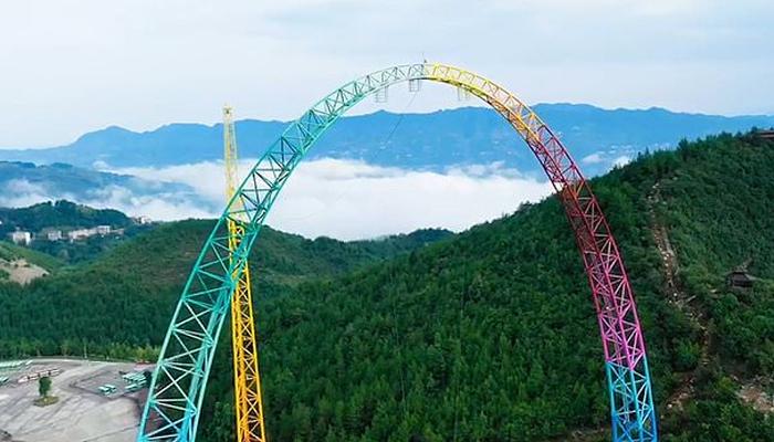 چین میں دنیا کا سب سے بلند جھولا نصب