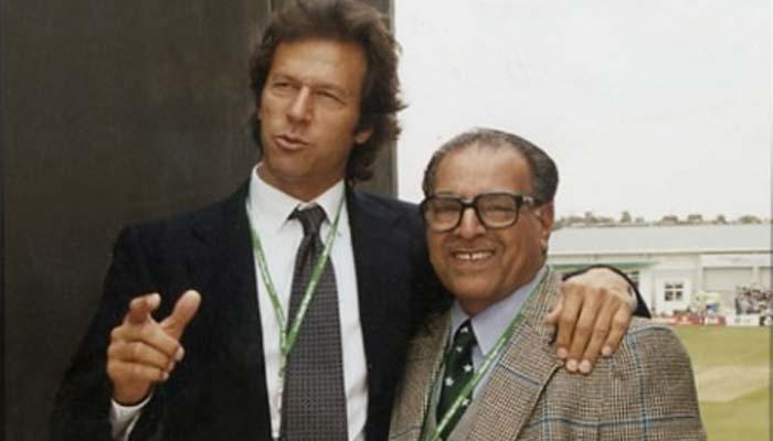 معروف کرکٹ صحافی منیر حسین کو ہم سے بچھڑے 7 سال گزر گئے