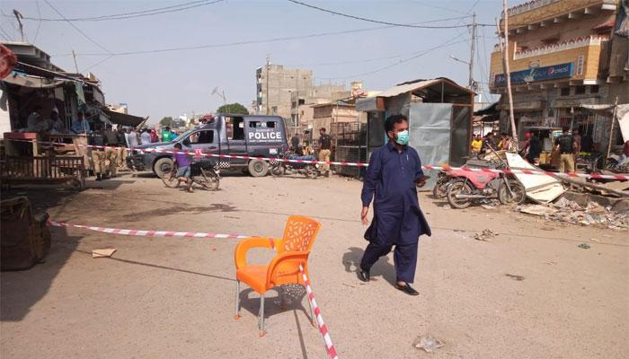 کورنگی میں اسٹیٹ ایجنسی پر کریکر حملہ، تین افراد زخمی