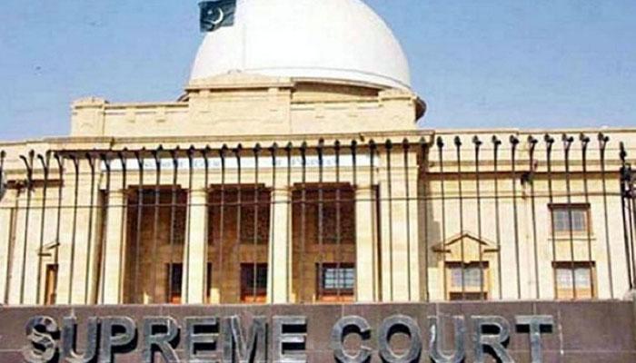 کراچی پورٹ پر گندگی اور بدبو، سپریم کورٹ برہم