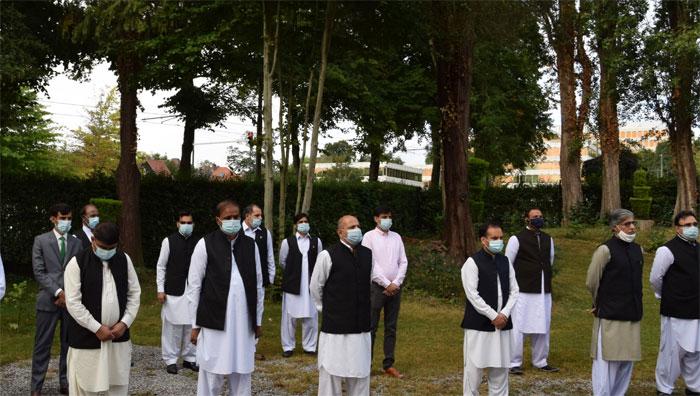 برسلز: سفارتخانہ پاکستان میں یوم آزادی کی تقریب و پرچم کشائی