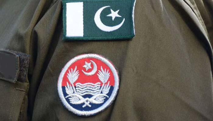 لاہور: ناقص کاکردگی اور عوامی شکایات پر 2 ایس ایچ او لائن حاضر